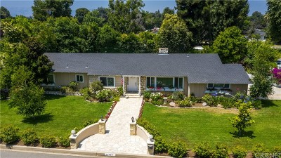Northridge Single Family Home For Sale: 17075 Chase Street