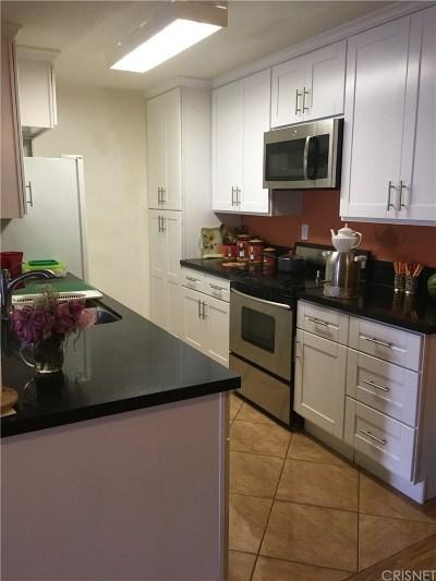 Encino Condo/Townhouse For Sale: 5334 Lindley Avenue #319