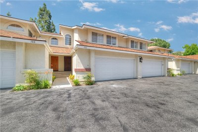 Saugus Condo/Townhouse For Sale: 28343 Seco Canyon Road #102