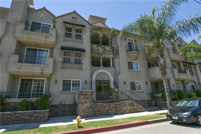 Toluca Lake Condo/Townhouse For Sale: 10740 Moorpark Street #107