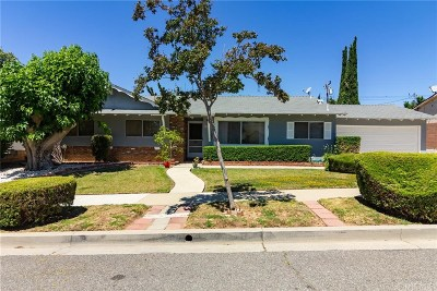 Simi Valley Single Family Home For Sale: 3271 Hamlin Avenue