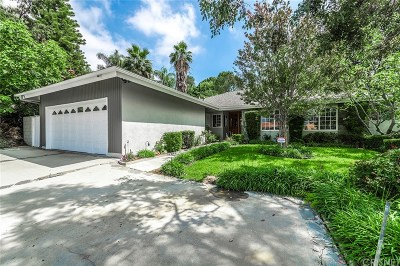 Granada Hills Single Family Home For Sale: 12833 Woodley Avenue