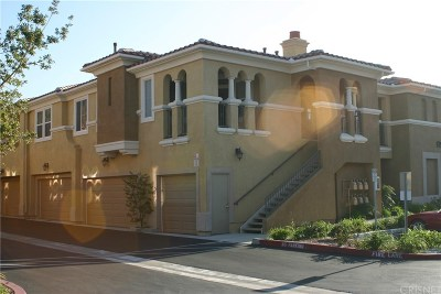 Canyon Country Condo/Townhouse Active Under Contract: 17983 Lost Canyon Road #114