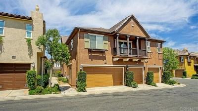 Saugus Condo/Townhouse Active Under Contract: 28475 Santa Rosa Lane