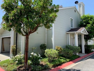 Sylmar Condo/Townhouse For Sale: 14333 Tyler Street #2