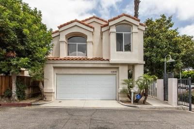 North Hills Single Family Home For Sale: 15003 Portofino Lane