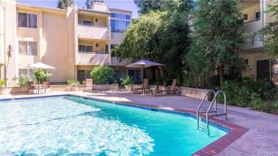 Canoga Park Condo/Townhouse For Sale: 7800 Topanga Canyon Boulevard #224
