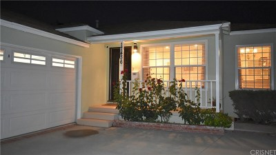 Los Angeles County Single Family Home For Sale: 17436 Gilmore Street