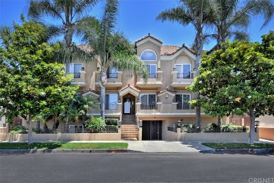 West Los Angeles Condo/Townhouse Active Under Contract: 1740 South Westgate Avenue #A