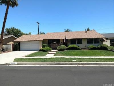 Canoga Park Single Family Home For Sale: 22149 Burton Street