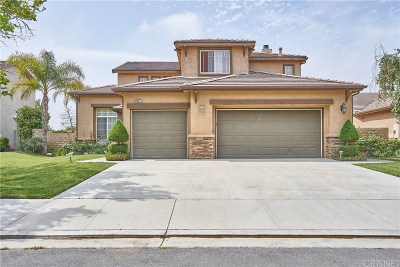 Canyon Country Single Family Home Active Under Contract: 28272 Foxlane Drive