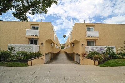 Santa Monica Condo/Townhouse Active Under Contract: 1244 18th Street #A