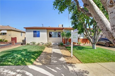 Arleta Single Family Home For Sale: 13818 Rayen Street