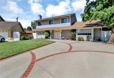 Chatsworth Single Family Home For Sale: 19715 Labrador Street
