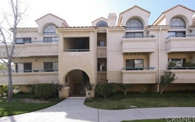 Canyon Country Condo/Townhouse For Sale: 18121 Erik Court #313