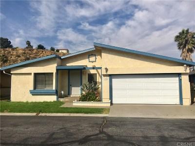 Castaic Single Family Home Active Under Contract: 31926 Quartz Lane