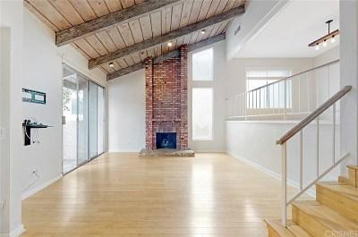Studio City Condo/Townhouse For Sale: 4171 Colfax Avenue #E