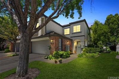 Santa Clarita, Canyon Country, Newhall, Saugus, Valencia, Castaic, Stevenson Ranch, Val Verde Condo/Townhouse For Sale: 24684 Brighton Drive #C