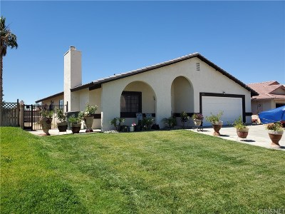 Rosamond Single Family Home For Sale: 2084 Natalie Drive