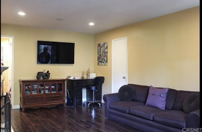 Sun Valley Condo/Townhouse For Sale: 8641 Glenoaks Boulevard #103
