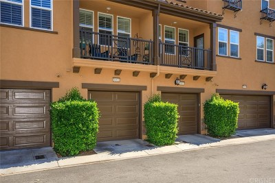 Valencia Condo/Townhouse For Sale: 28513 Herrera Street