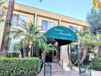 Encino Condo/Townhouse For Sale: 5328 Newcastle Avenue #69