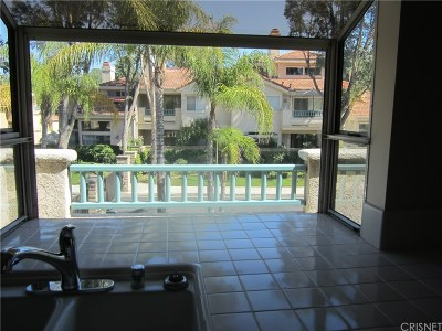 Valencia Condo/Townhouse For Sale: 25875 McBean #42