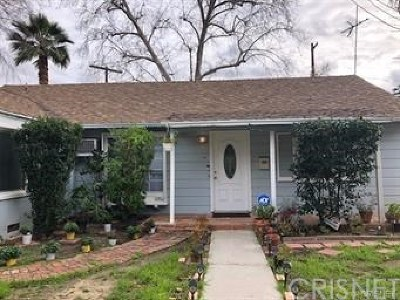 Los Angeles County Single Family Home For Sale: 17600 Runnymede Street
