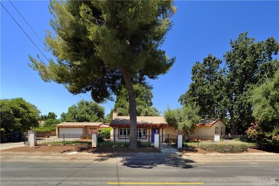 Woodland Hills Single Family Home For Sale: 5425 Woodlake Avenue