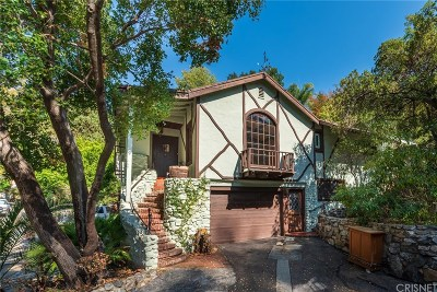 Burbank Single Family Home For Sale: 906 Country Club Drive