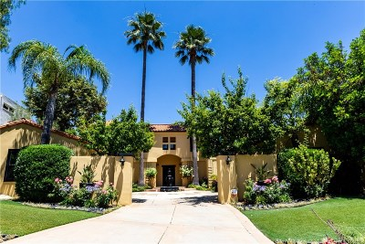 Calabasas CA Single Family Home For Sale: $1,900,000