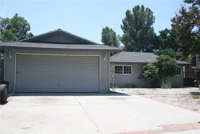Lakeview Terrace Single Family Home For Sale: 11723 Tripoli Avenue