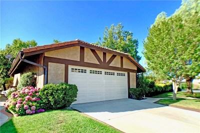 Valencia Single Family Home Active Under Contract: 23950 Via Rosa Linda