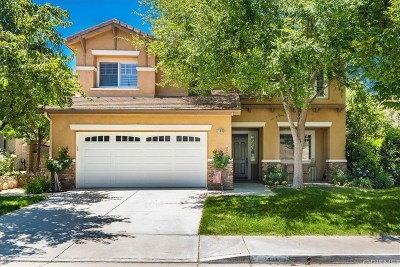Saugus Single Family Home Active Under Contract: 21018 Cross Creek Drive