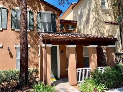 Valencia Condo/Townhouse For Sale: 28206 Canterbury Court