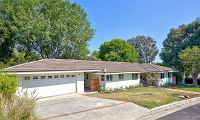 Woodland Hills Single Family Home For Sale: 22101 Independencia Street