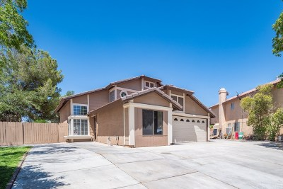 Palmdale Single Family Home For Sale: 2301 Tucson Street