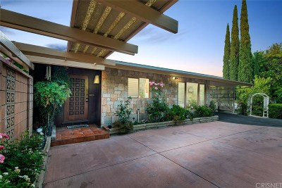 Hollywood Hills Single Family Home Active Under Contract: 3437 Oak Glen Drive
