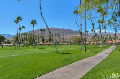 Rancho Mirage Single Family Home For Sale: 61 Barcelona Drive