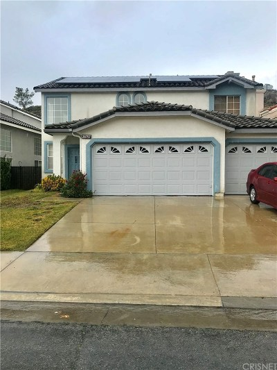 Saugus Single Family Home For Sale: 28757 Woodside Drive