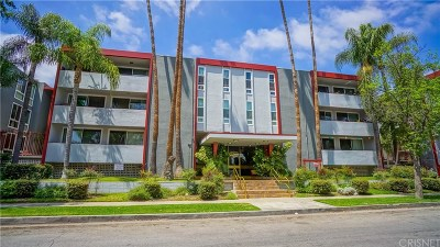 Sherman Oaks Condo/Townhouse For Sale: 4915 Tyrone Avenue #305