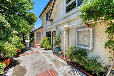 Los Angeles County Single Family Home For Sale: 22805 Garzota Drive