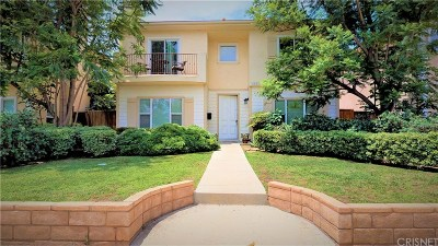 Granada Hills Single Family Home For Sale: 11051 Haskell Avenue