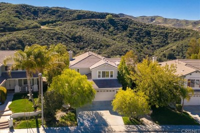 Canyon Country Single Family Home Active Under Contract: 26309 Cardinal Drive