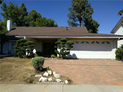 Granada Hills Single Family Home For Sale: 12022 Woodley Avenue
