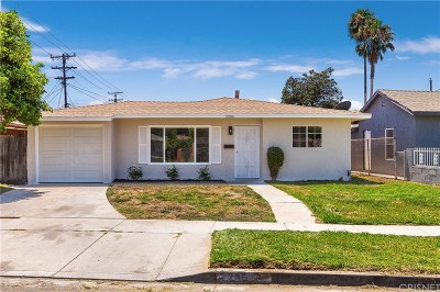 Compton Single Family Home Active Under Contract: 2206 East McMillan Street