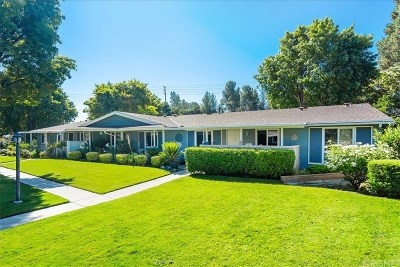 Newhall Condo/Townhouse Active Under Contract: 19214 Avenue Of The Oaks #A