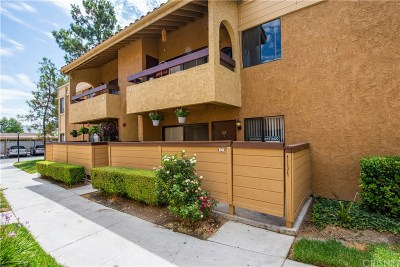 Canyon Country Condo/Townhouse For Sale: 18758 Mandan Street #1611