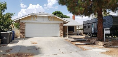 Saugus Single Family Home For Sale: 21513 Rosedell Drive