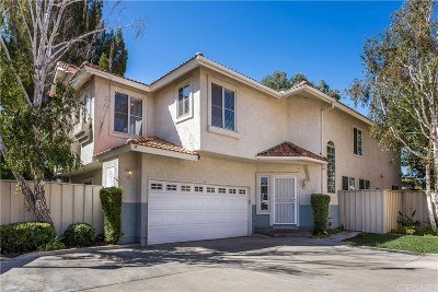 Canyon Country Condo/Townhouse For Sale: 18604 Utopia Court